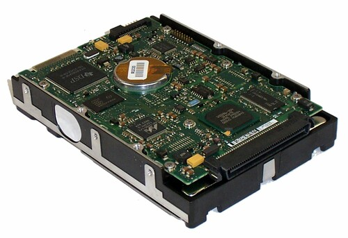 Compaq 18.2GB PLUG W-ULTRA3 SCSI 15K HDD 235065-001
