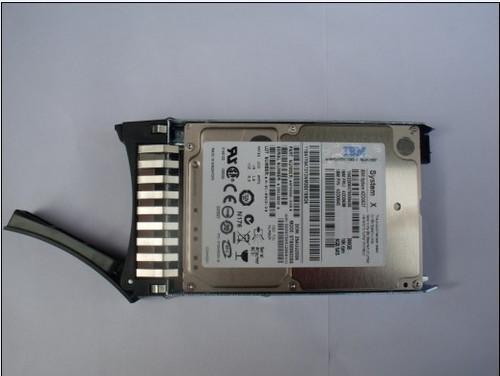 IBM 300GB 6G Serial Attached SCSI SAS 2.5-inch 10K Single Port Slim Hot-Swap Hard Drive  42D0638
