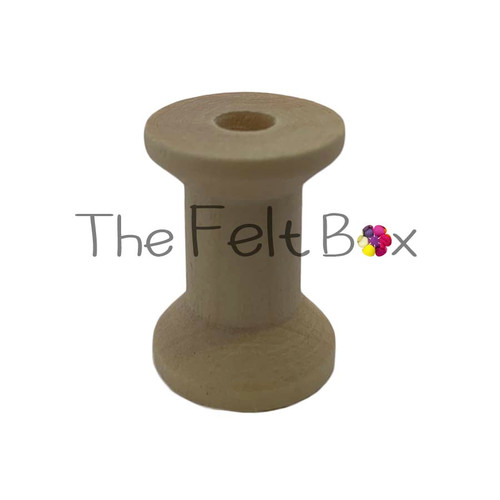 Wooden reel 21 mm in diameter and 29mm high