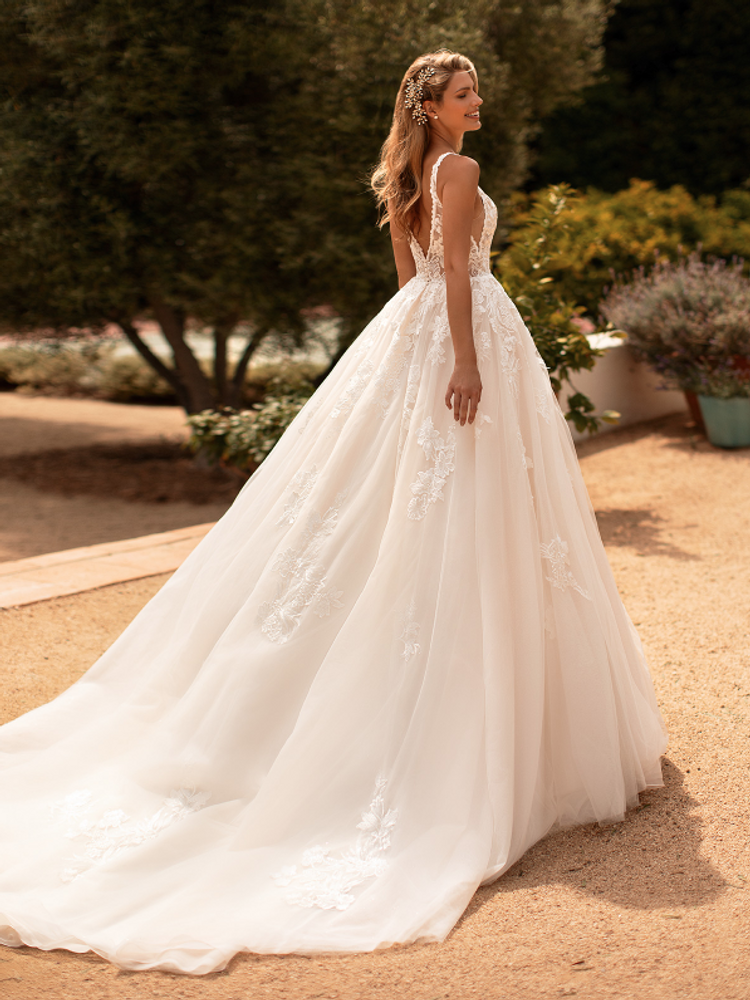 Tracy J6778 by Moonlight Bridal
