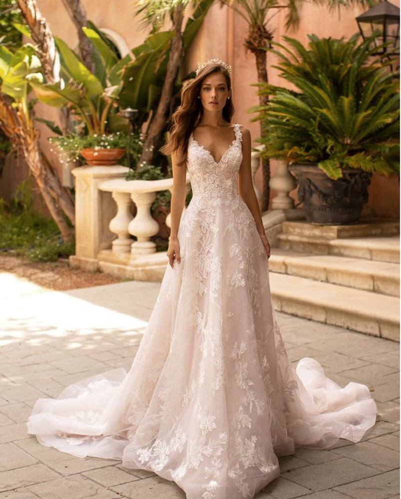 Rachel H1422 by Moonlight Bridal