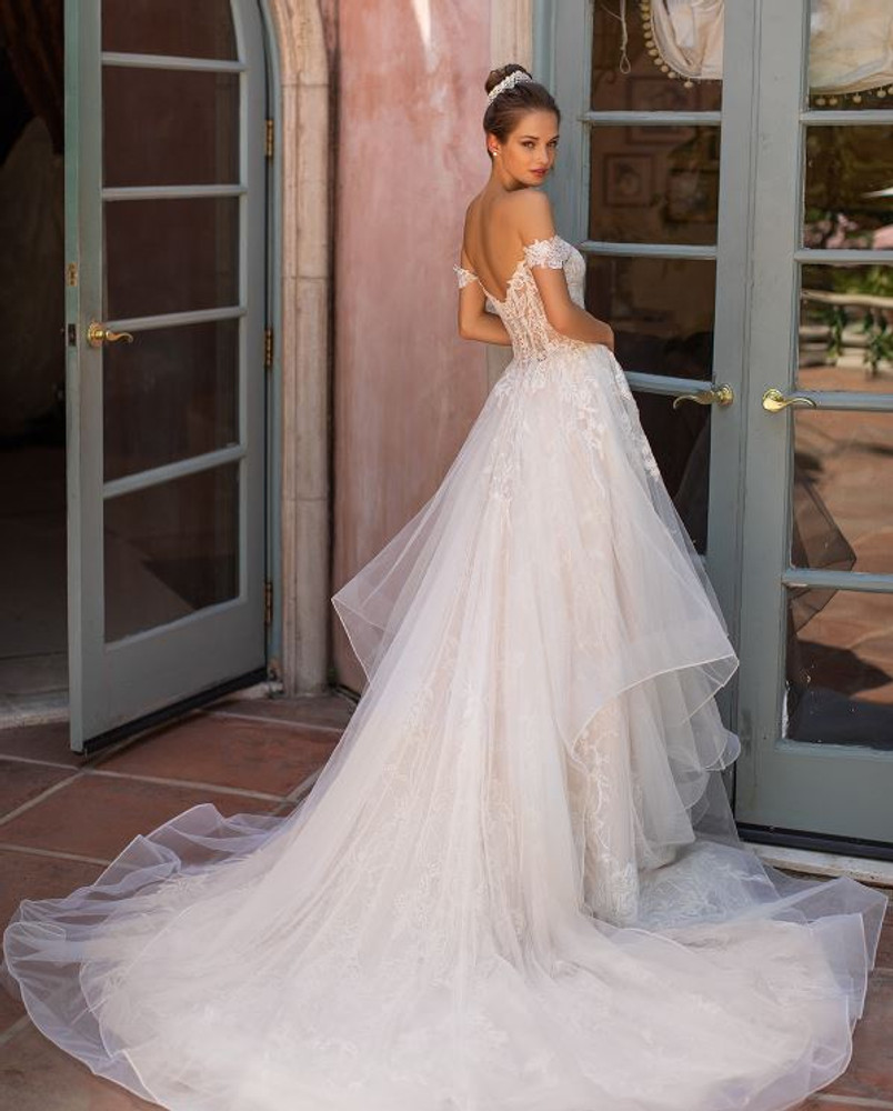 Hayley H1428 by Moonlight Bridal