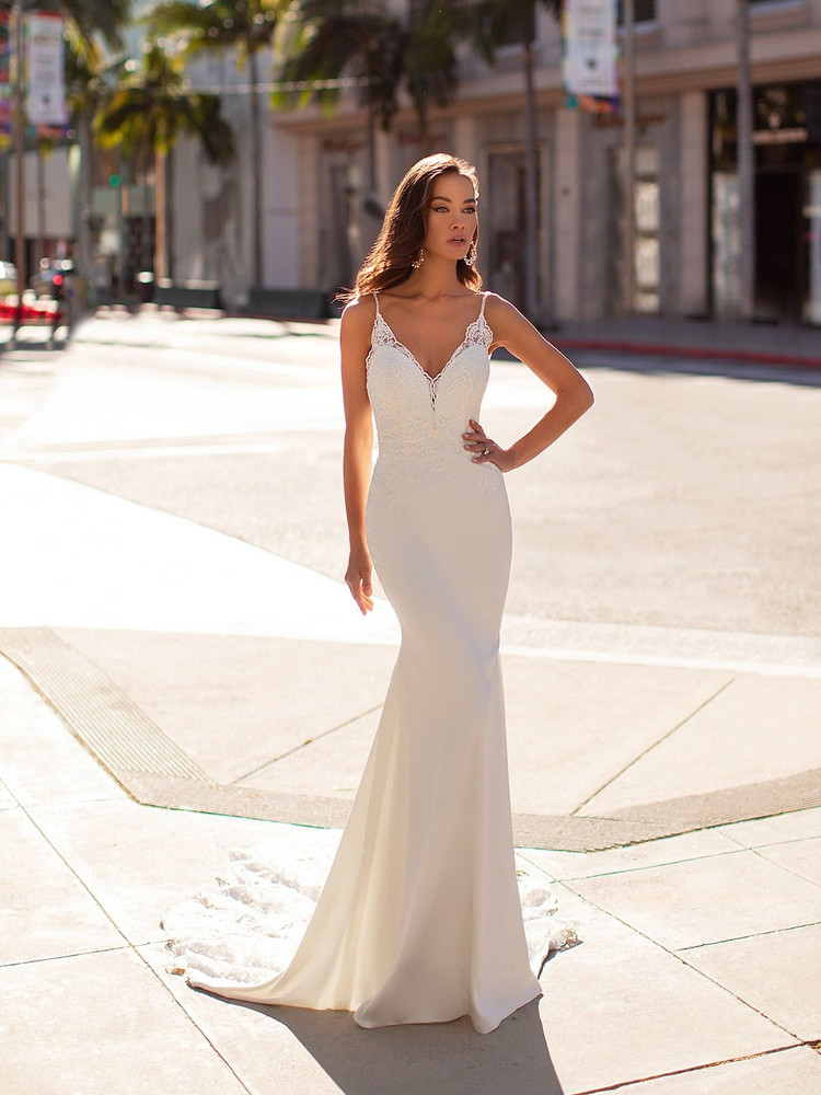 Marcia H1444 by Moonlight Bridal