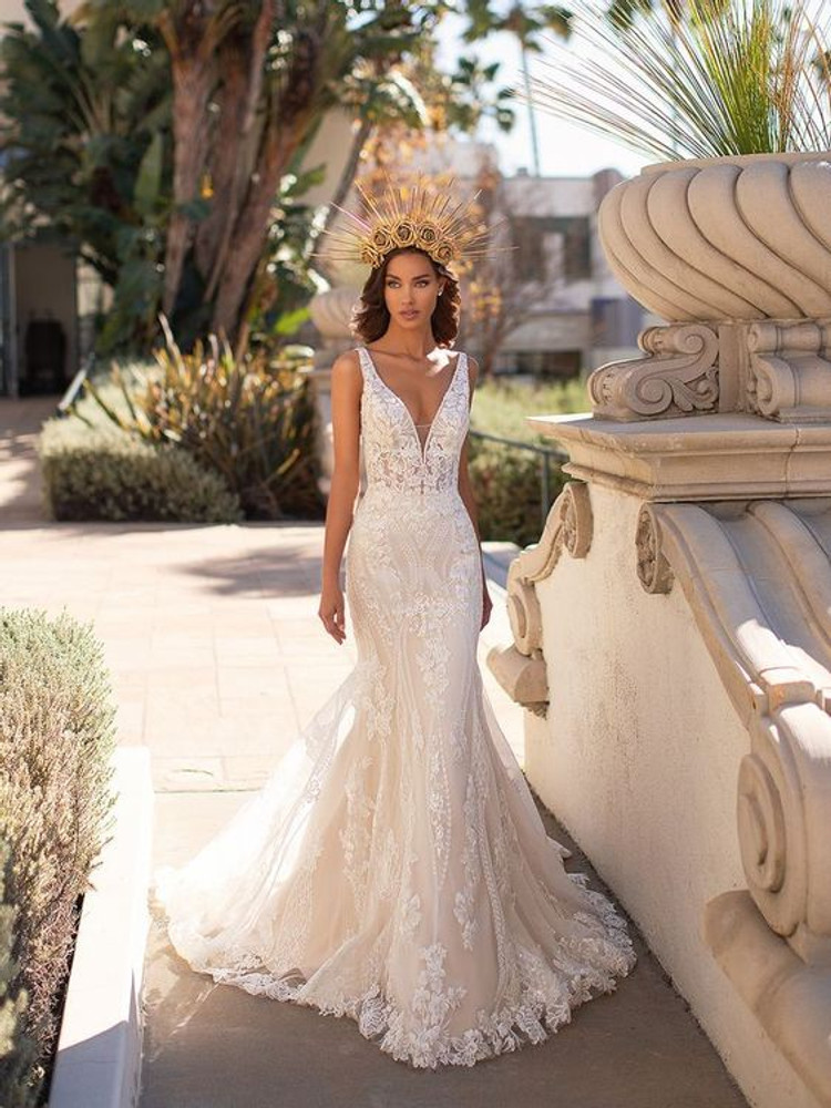 Ismay H1448 by Moonlight Bridal