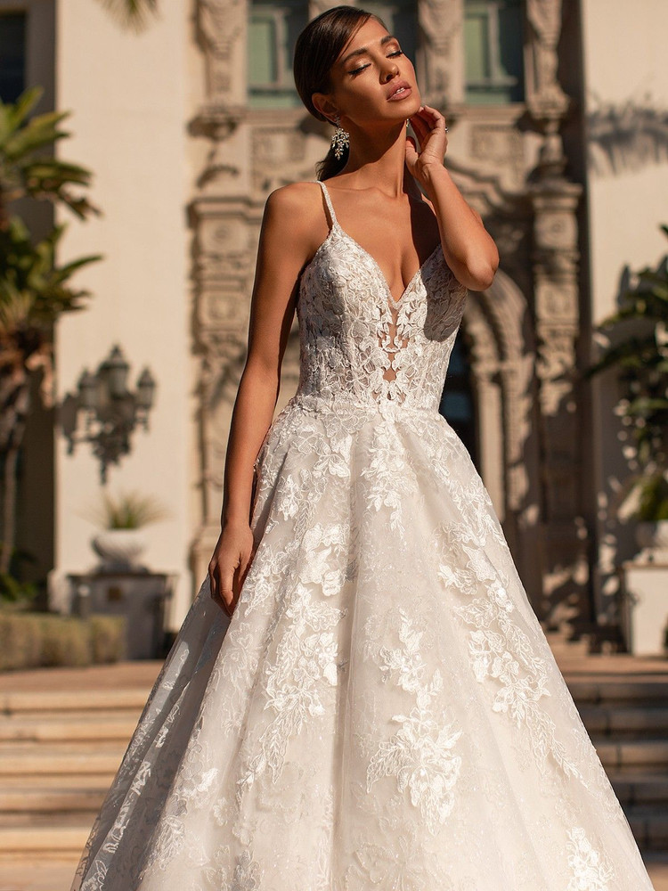 Fae H1451 by Moonlight Bridal