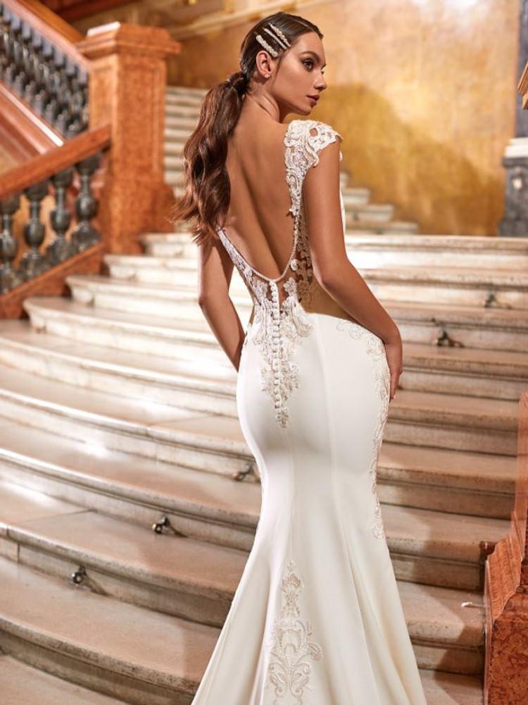 Abigail Wedding Gown H1473 by Moonlight Bridal