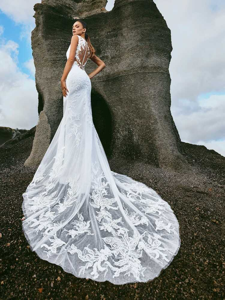 Pando Wedding Gown by Pronovias Barcelona Bridal