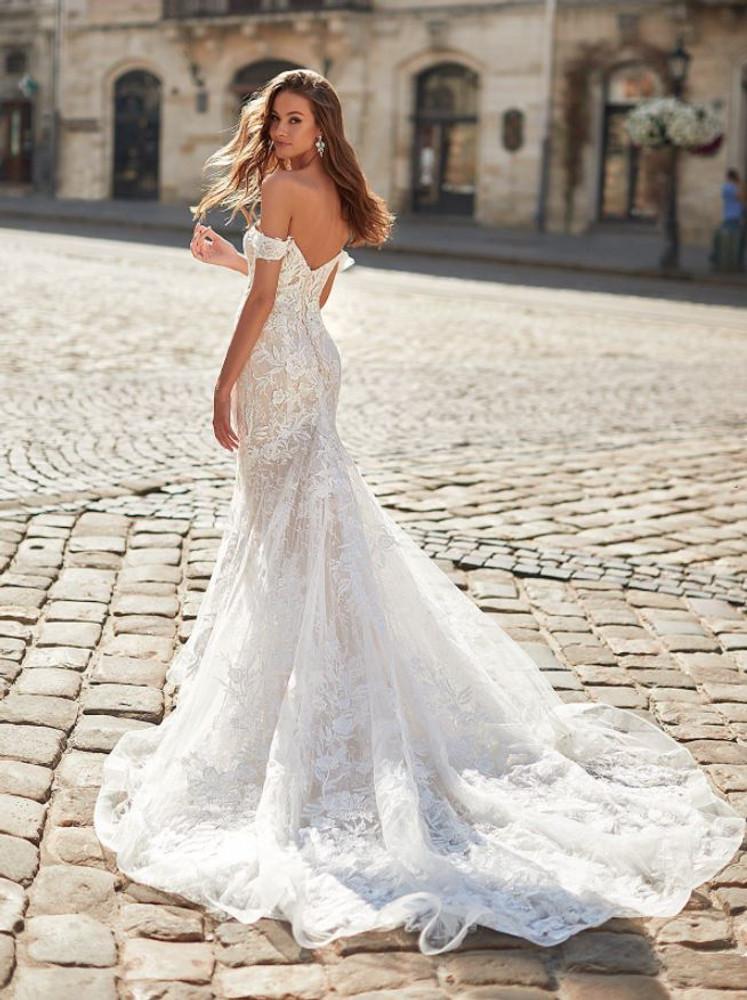 Quella H1481 by Moonlight Bridal