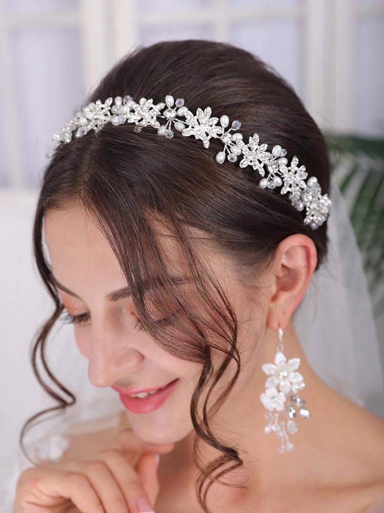Luxurious Rhinestone Pearl Headpiece