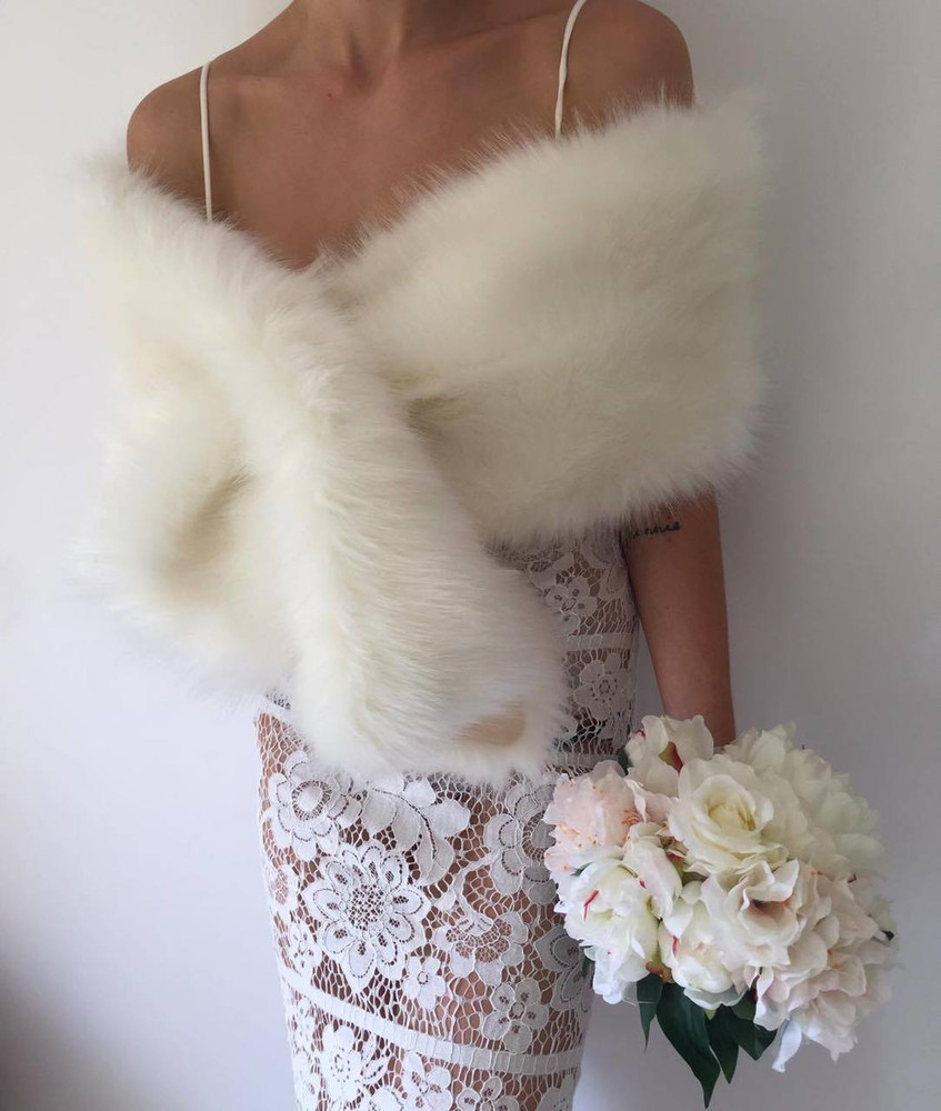 True Romance Fur Shawl White