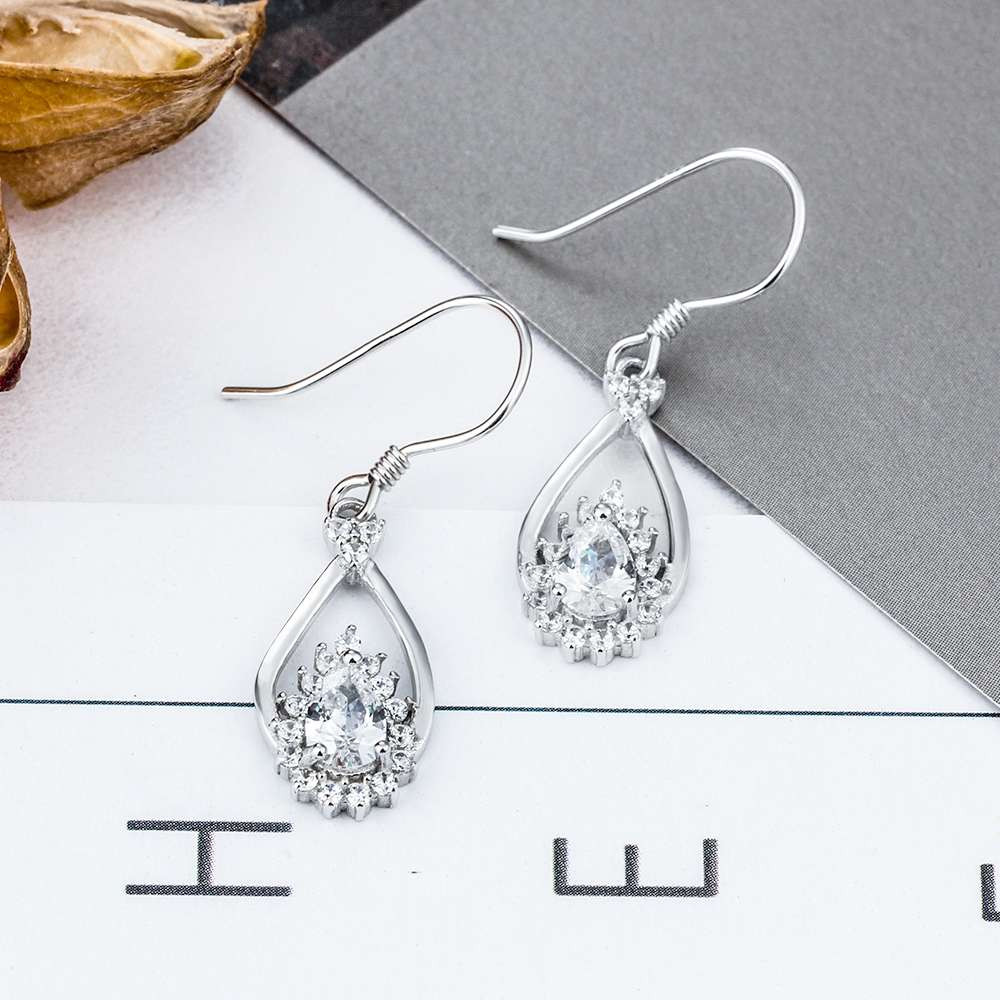 Drop Pendant Zirconia earrings