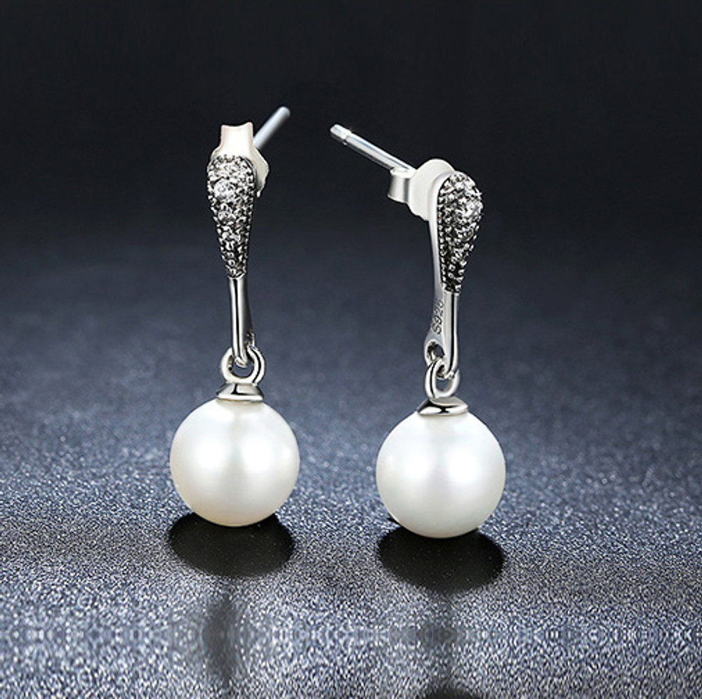 Drop Pendant Pearl Earrings