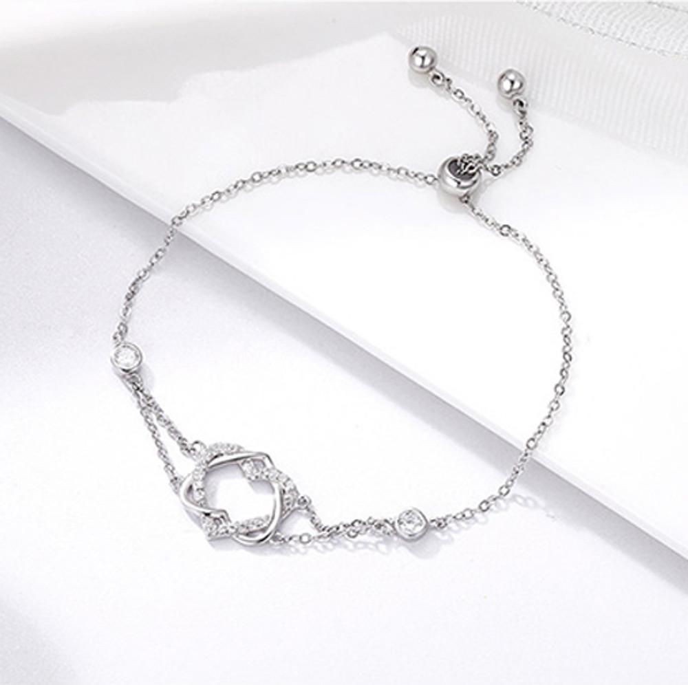 Intertwined Hearts Chain Bracelet