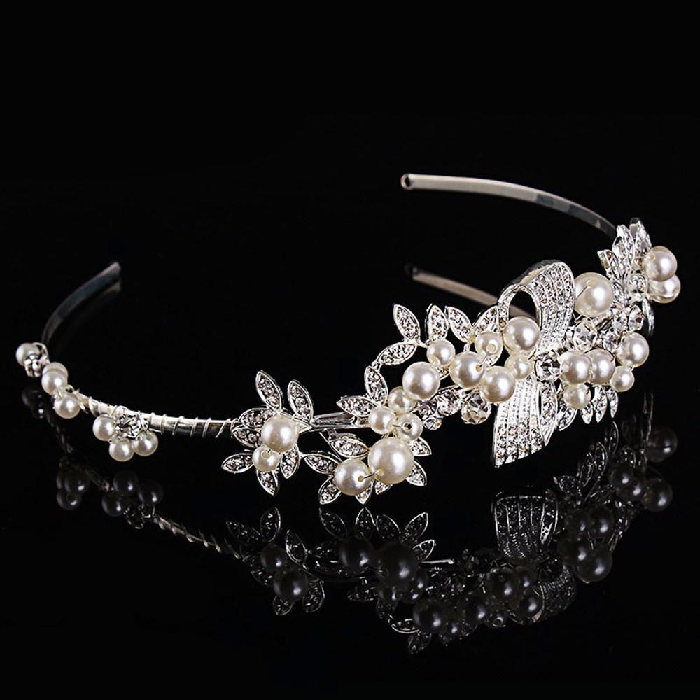 Elegant Pearl Bridal Headpeice