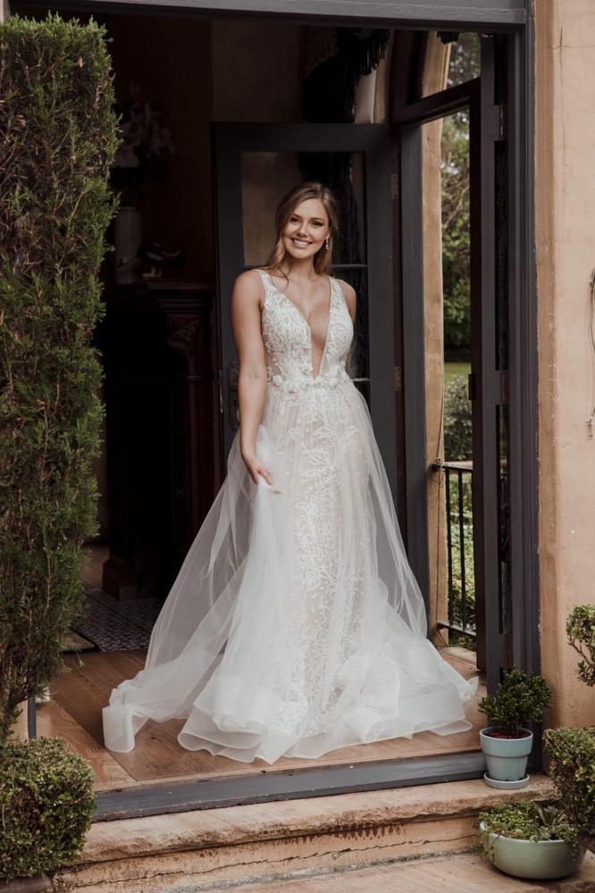 Elizabeth Wedding Gown by Calla Blanche style 18232