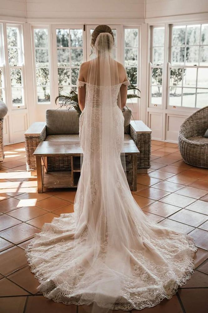 Jenna H1391 by Moonlight Bridal