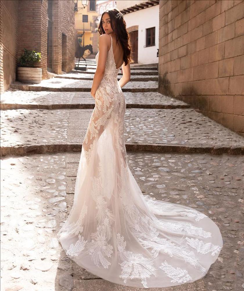 Albiorix Wedding Gown By Pronovias Barcelona