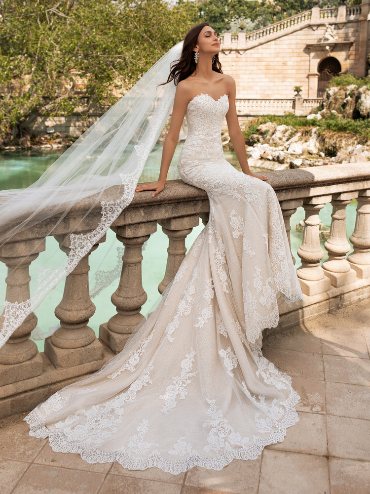 Princia Wedding Gown By Pronovias Barcelona