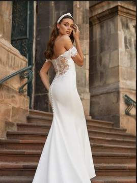 Logan Wedding Gown J6817 by Moonlight Bridal