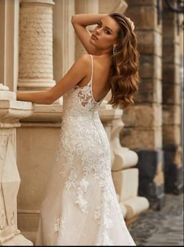 Hallie Wedding Gown J6812 by Moonlight Bridal