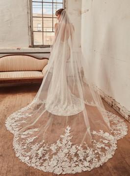 Siggy from L'amour by Calla Blanche Bridal CBLA21231