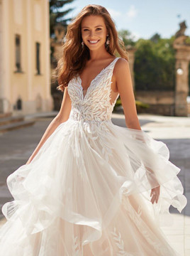 Reign H1484by Moonlight Bridal