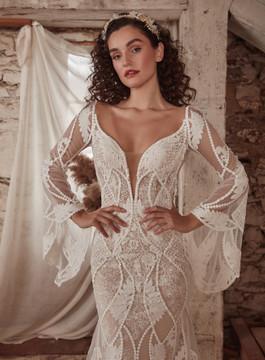 Astrid LP2135 from La Perle by Calla Blanche Bridal