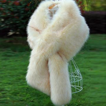 True Romance Fur Shawl Cream