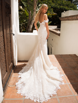 Hazel J6710 by Moonlight Bridal