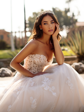 Della J6744 by Moonlight Bridal in Ivory/Ivory size 12