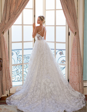 Hailey H1373 by Moonlight Bridal