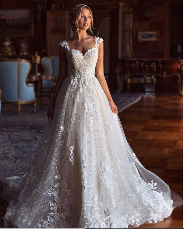 Nour H1381 by Moonlight Bridal