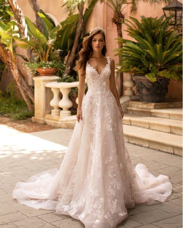 Rachel H1422 by Moonlight Bridal