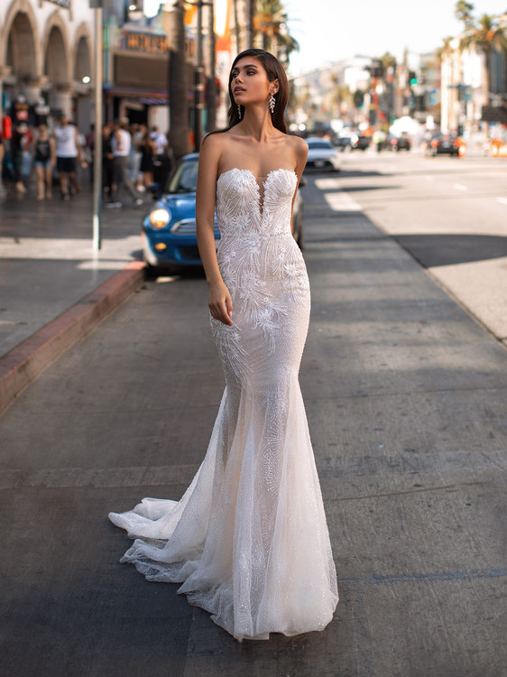 Lansbury by Pronovias