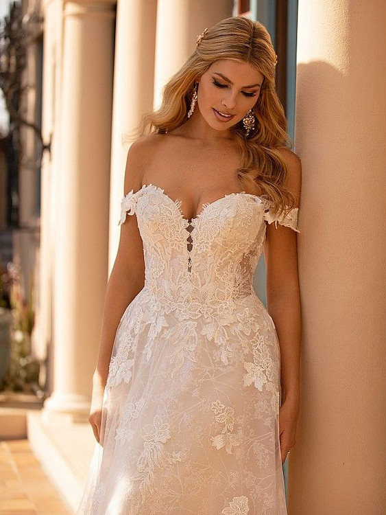 Xanti J6795 by Moonlight Bridal
