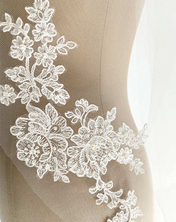Two Tier Corded Lace Long Veil