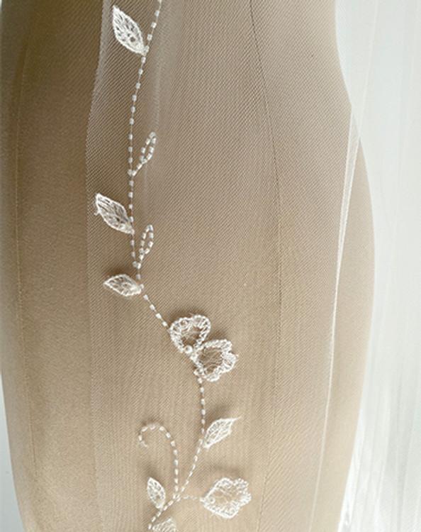 Embroidered Vine Veil