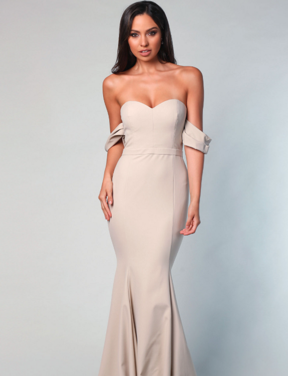 Amira Detachable Sleeve Gown By Samantha Rose