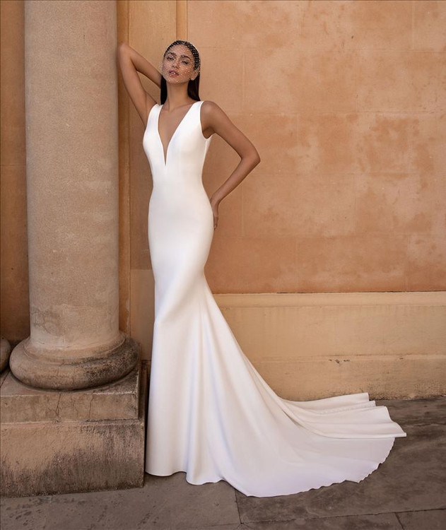 Eureka Wedding Gown By Pronovias Barcelona