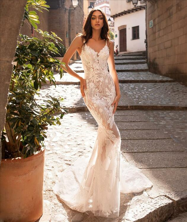 Albiorix Wedding Gown By Pronovias Barcelona