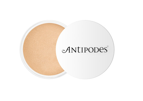 Antipodes Mineral Foundation - Light Yellow 02 6.5g