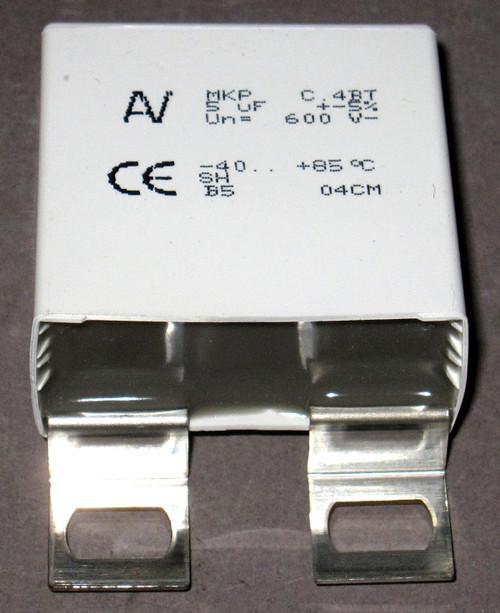 C4BTHBX4500ZAFJ - 600V 5uF Polypropylene Power Film Capacitor (Kemet)