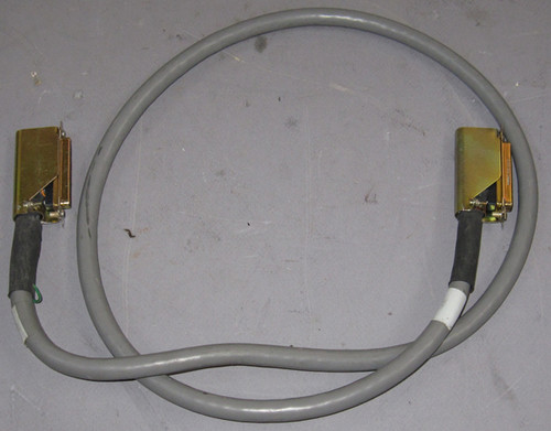 9828 DCU37S - Cable (Cinch) - Used