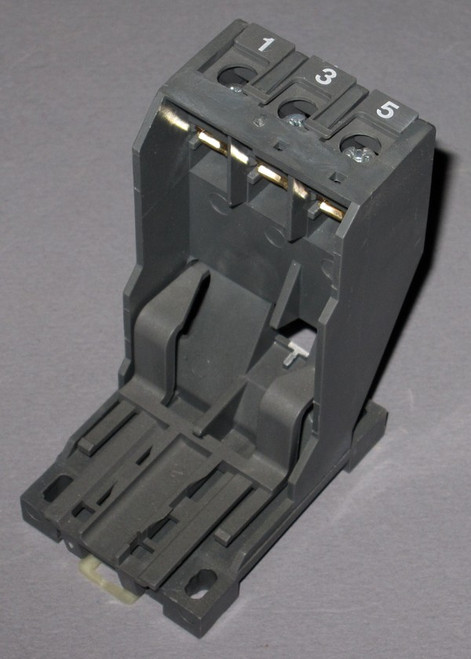 1SAZ201108R0001 DB25/25A - Independent mounting kit (ABB)