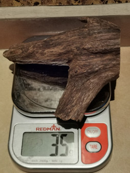 Agarwood/Aloeswood Oud chips, Burma 1 piece 35 grams