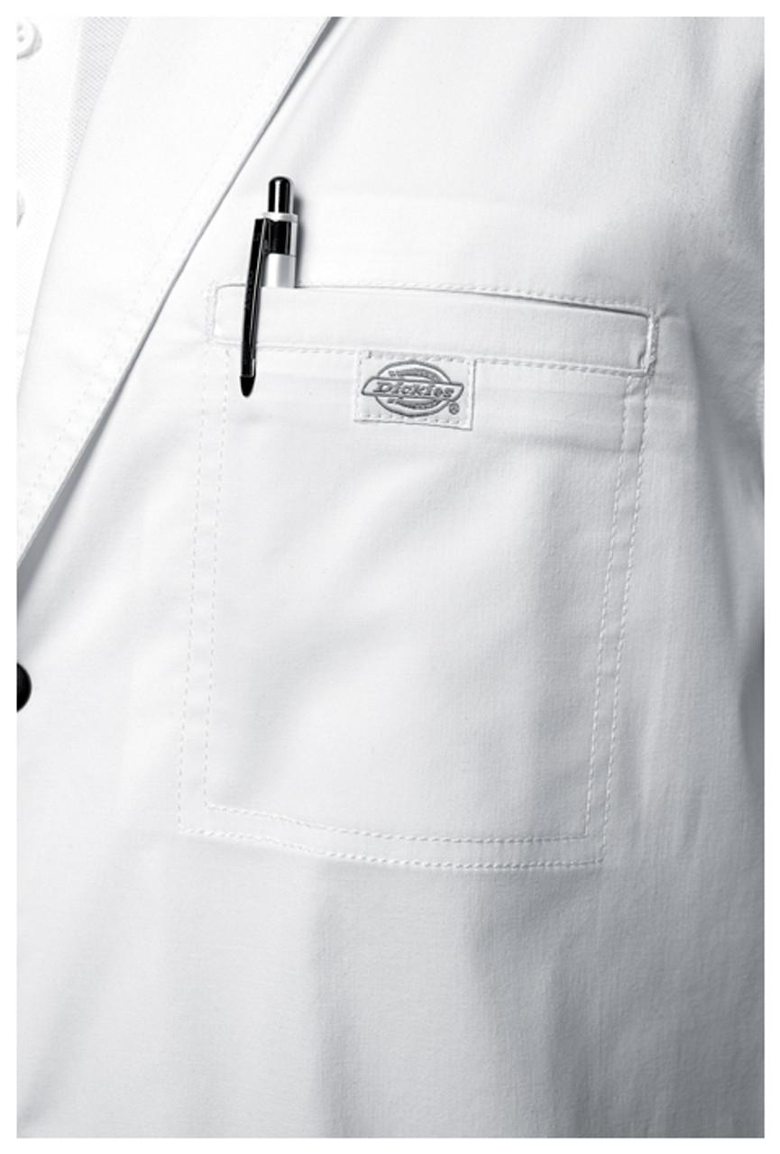 81403 Mens Chest Pocket Detail