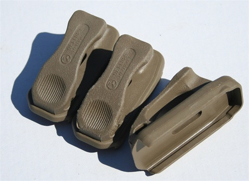 Magpul RANGER PLATES for MAGPUL PMAG's - FLAT DARK EARTH (5.56mm) 3 Pack
