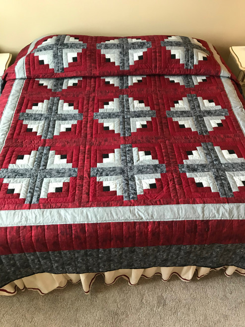 Log Cabin Cranberry Gray Amish Quilt 102x107