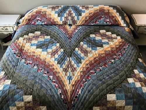 Bargello Heart Patchwork Amish Quilt 104x113