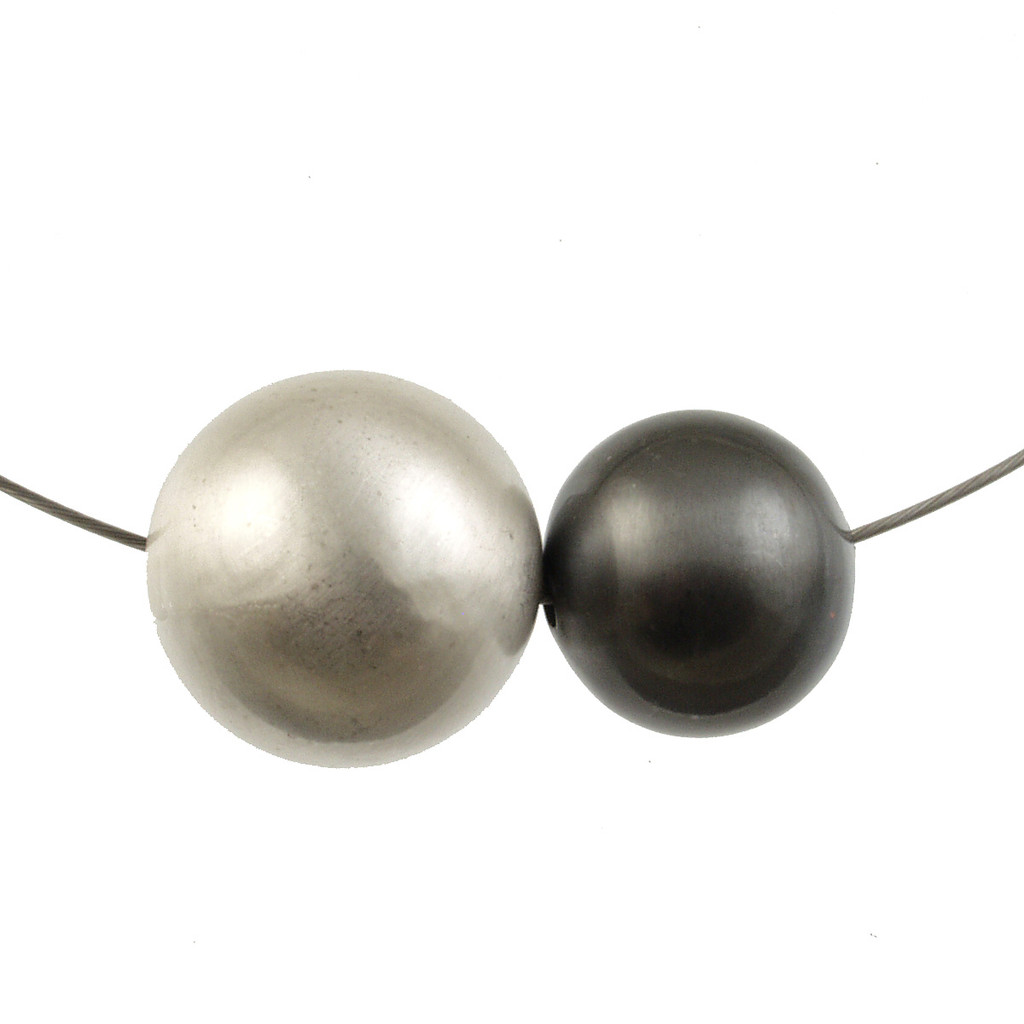 5130-1 - 2-Tone Ball Magnetic Pendant Silver/Gunmetal